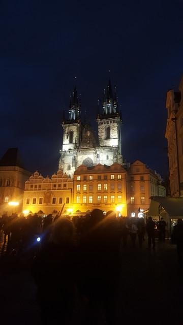 ايام برآغ التشيك مدينة اوربية 20171006_190225.jpg