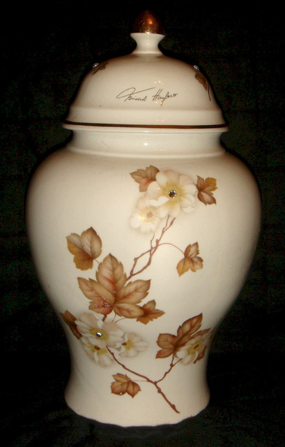 Id Limoges Vase marked and signed by author Dsc01882_a