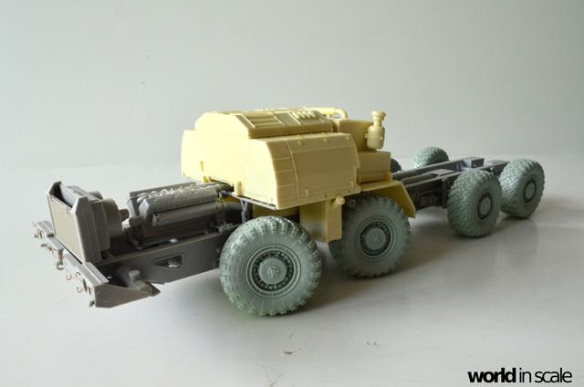 MAZ-543 + KS-6571 - 1/35 by Trumpeter, Panzershop  DSC_2859