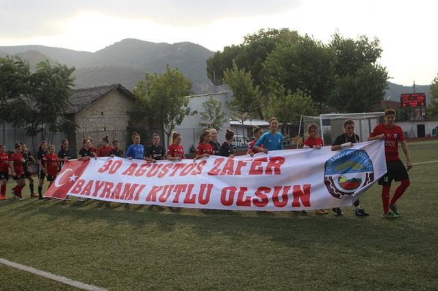 zafer_kupasi_2018_kadin_futbol_turnuvasi_5