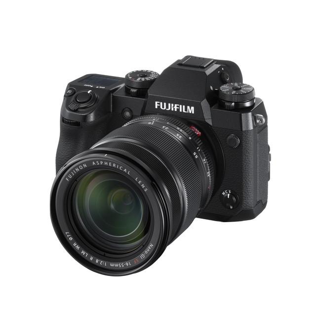 Fujifilm_X_H1_black_RRP_3_399