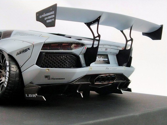 LB-PERFORMANCE-AVENTADOR-Zero-Fighter5.jpg