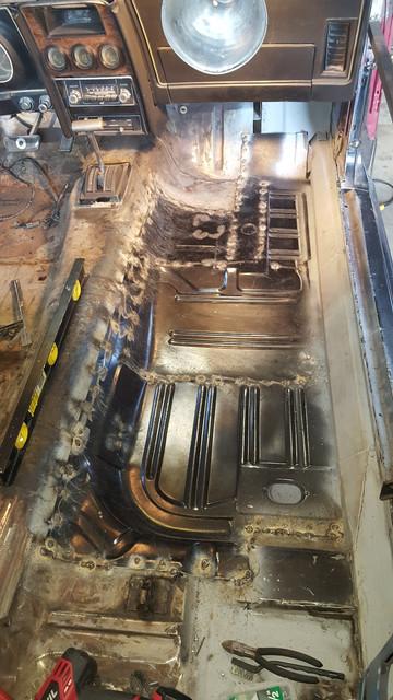 [Image: Floor_welded.jpg]