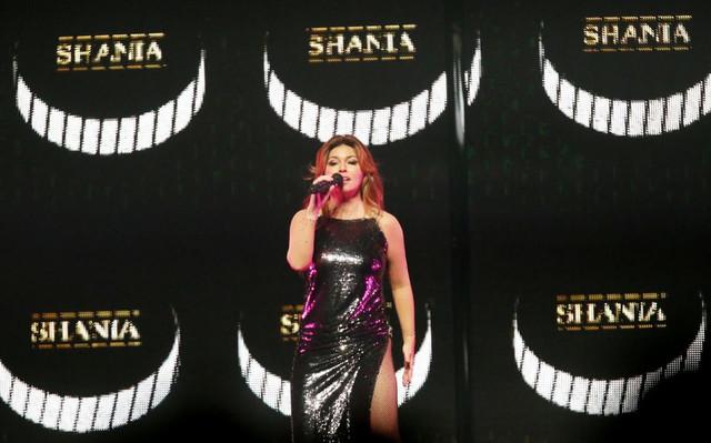shania nowtour cleveland061618 53