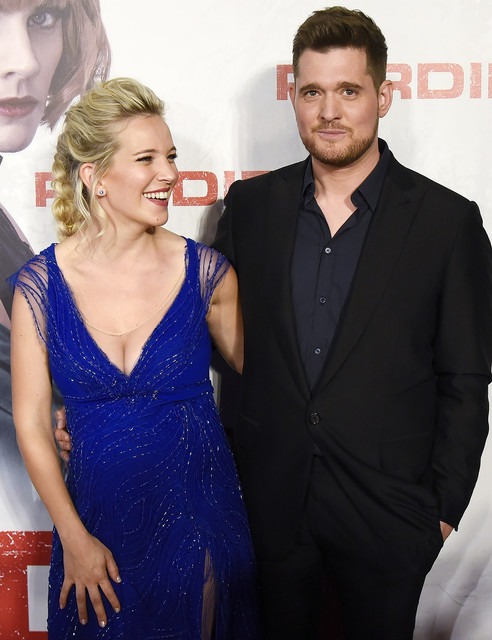 BUENOS-AIRES-ARGENTINA-APRIL-16-Luisana-Lopilato-and-Michael-Buble-attend-the-premiere-of-Perdidas-a