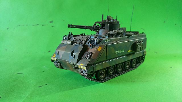 M-113 VULCAN  1/35 Italeri M113_a
