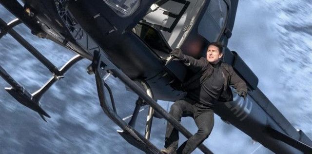 Tom_Cruise_in_Mission_Impossible_Fallout_1_e1516896318134_810x400_1864x920