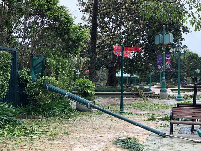 [Hong Kong Disneyland Resort] Le Resort en général - le coin des petites infos - Page 13 X2