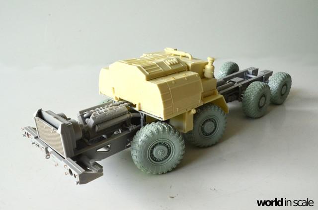 MAZ-543 + KS-6571 - 1/35 by Trumpeter, Panzershop  DSC_2857