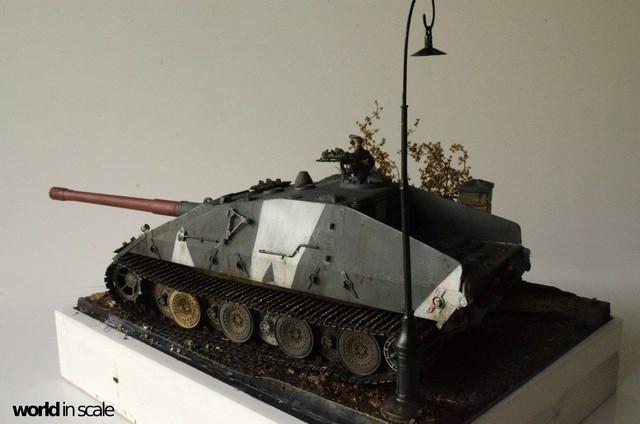 E-100 Jagdpanzer - 1/35 v. Trumpeter 32243742_1042675705899944_5734971883619614720_o