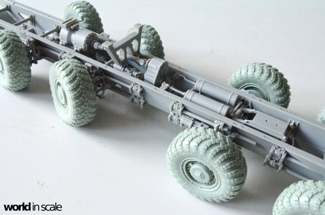 MAZ-543 + KS-6571 - 1/35 by Trumpeter, Panzershop  DSC_2721_1024x678