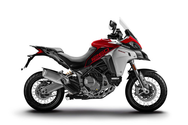 2019-Ducati-Multistrada-1260-Enduro-01