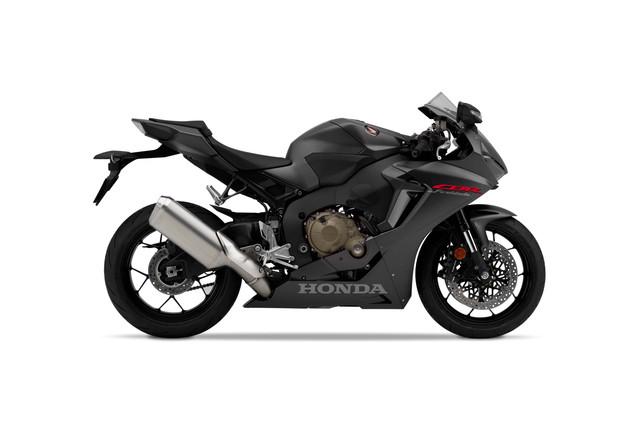 2019-Honda-CBR1000-RR-03