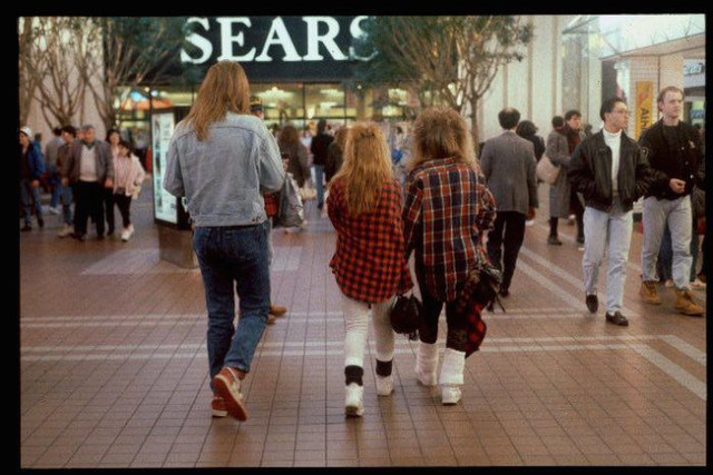 shopping_mall_1989_15